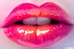 Plump Lips Without Surgery -Use Candylipz